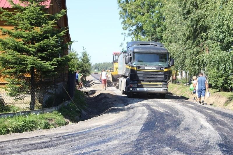Trwa modernizacja drogi w Sukowie.