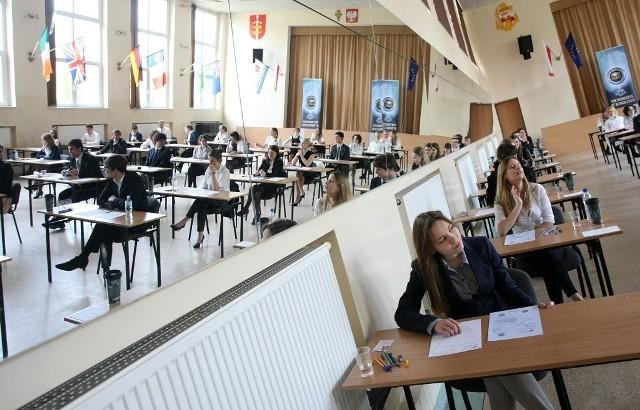16 stycznia, wielkopolscy maturzyści przystąpili do testów ćwiczeniowych z przedmiotów dodatkowych.