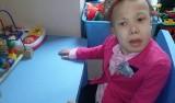 Tarnów. Cierpiąca na ciężką chorobę 12-letnia Karolinka dostanie buciki
