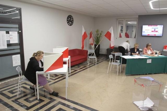 Wybory samorządowe 2018W Katowicach frekwencja wyniosła 37% i jest to najniższa frekwencja spośród wszystkich miast wojewódzkich w Polsce.