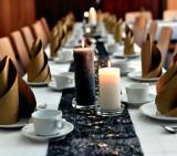 Godzina dla Ziemi 2019: W Poznaniu zapraszają na kolację bez prądu. Kucharze będą gotować na ogniu, a goście jeść przy świecach