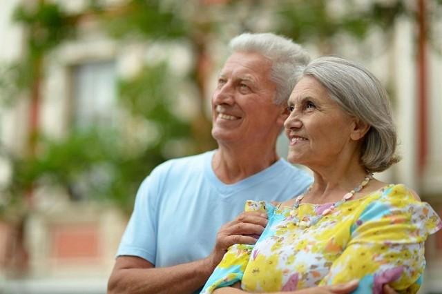 W Inowrocławiu coraz bardziej widoczne są dysproporcje pomiędzy poszczególnymi grupami wiekowymi. Zmniejsza się liczba osób w wieku przedprodukcyjnym, zwiększa liczba seniorów