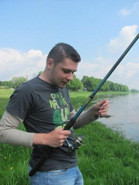Wędkarz musi się liczyć, że owady są niejako wpisane w to hobby - powiedział Wojciech Wojciech Grygorczuk