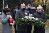 Święto Niepodległości w Kowali. Była msza święta, złożono też wieniec pod pomnikiem Żwirki i Wigury. Zobacz zdjęcia!