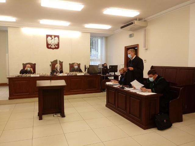 Oskarżeni nie pojawili się na rozprawie odwoławczej. Ich obrońcy chcą utrzymania wyroku uniewinniającego