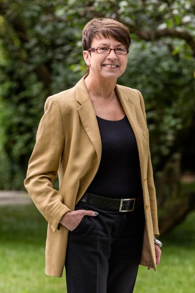 dr Małgorzata Starczewska- Krzysztoszek, ekonomistka