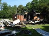 Tragedia w Antoninie. Stracili dom przez jedną osobę. Ale ludzi dobrej woli jest więcej [zdjęcia]