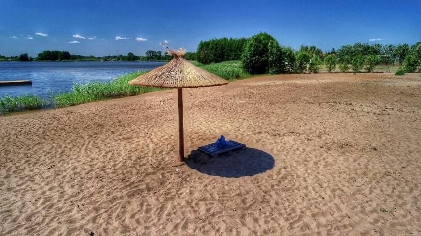 """Mówisz """"słomiane parasole"""", myślisz """"Hawaje"""". Mówisz..."""