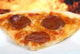 Pizza, burgery? Wiadomo, od czego tyje się najbardziej