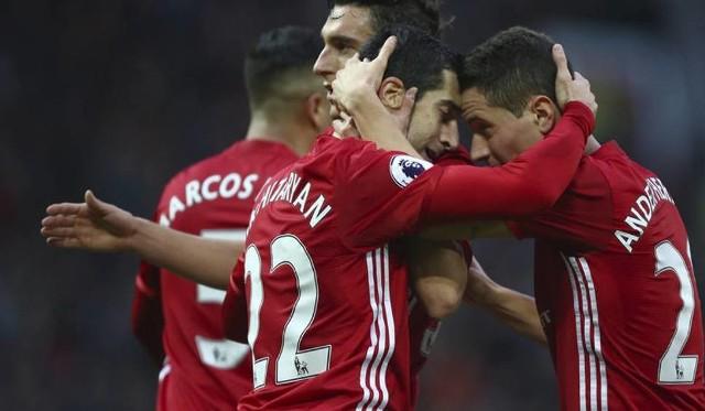Sevilla - Manchester ONLINE: Transmisja TV i w Internecie za darmo [STREAM ONLINE NA ŻYWO LIGA MISTRZÓW]