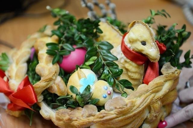 Wierszyki Wielkanocne Krótkie Smsy Na Wielkanoc Fajne