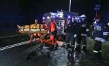 Na trasie śmierci BMW roztrzaskało się na kawałki. Cztery osoby ranne [ZDJĘCIA]