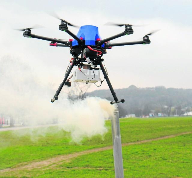 """W tym roku po raz pierwszy można wybrać projekt w ramach Zielonego Budżetu. Choć przypomnijmy, że pomysły związane z ochroną środowiska były już zgłaszane i wygrywały w PBO. Najlepszym przykładem jest projekt """"Skończmy ze smogiem w Poznaniu!"""", który zakłada m.in. użycie antysmogowego drona."""