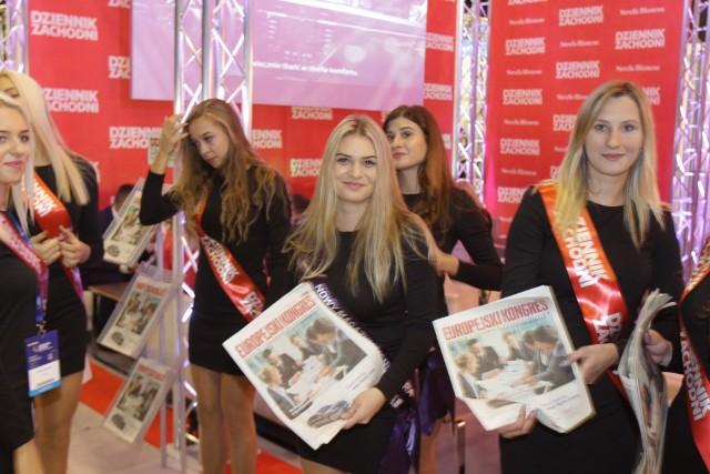 Na Europejskim Kongresie Małych i Średnich Przedsiębiorstw w Katowicach można spotkać róanież piękne hostessy