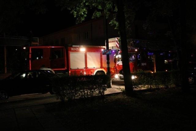 W akcji brało udział 5 zastępów straży pożarnej.