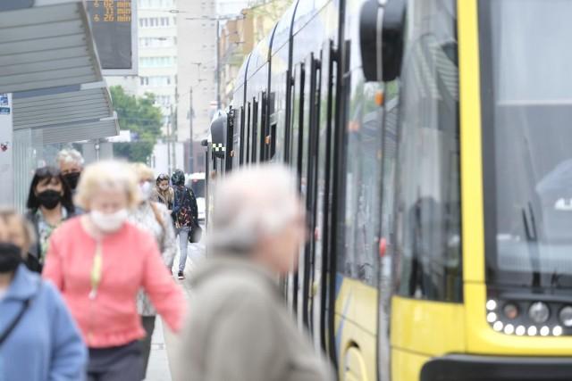 Nie wszyscy korzystają z komunikacji miejskiej uczciwie. Gapowicze są winni miastu ponad 1,5 mln zł