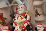 Mikołaje z fajansu z fabryki we Włocławku [zobacz zdjęcia]