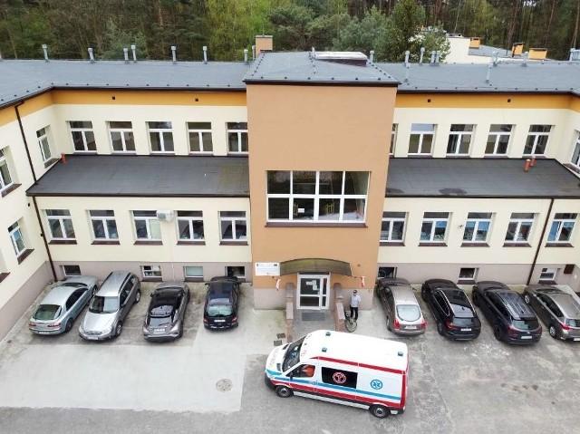Szpital w Wolicy pod Kaliszem zostanie rozbudowany. W planach jest budowa nowego pawilonu, który zostanie przystosowany do leczenia osób, które przeszły zakażenie koronawirusem. Inwestycja ma kosztować kilka milionów złotych.