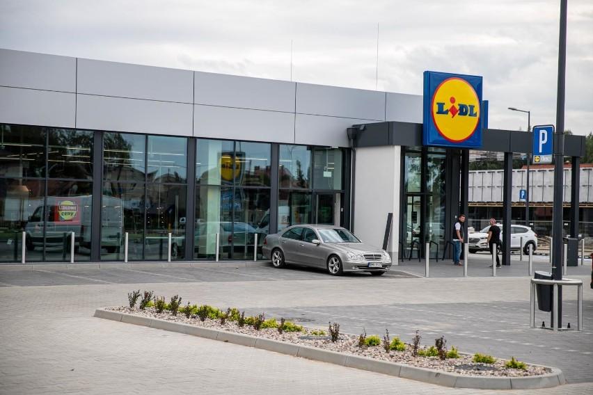 Od marca pracownicy sklepów Lidl zarabiają więcej:...
