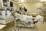 Lekarze rezydenci ze szpitala Kopernika w Łodzi skarżą się, że są zmuszani i wykorzystywani