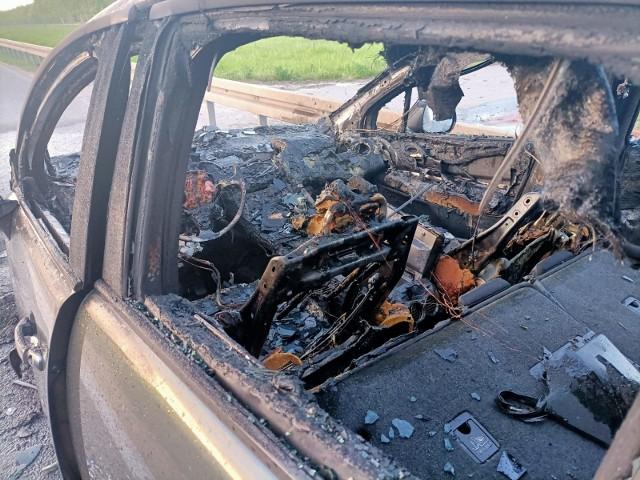 Pożar samochodu na AOW 11.05.2021