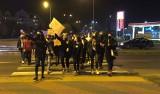 Strajk kobiet w Ostrołęce. W niedzielę znacznie więcej uczestników. Zdjęcia, wideo