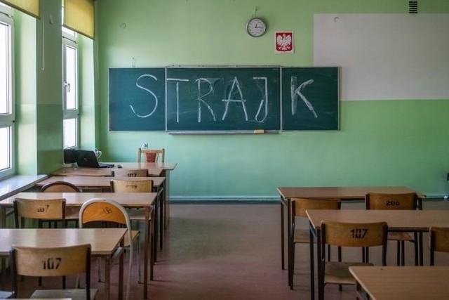 Nauczyciel i uczeń pobierz xxx wideo