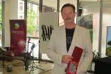 Tomasz Kozłowski z Kielc nagrodzony w ogólnopolskim konkursie literackim [ZDJĘCIA]