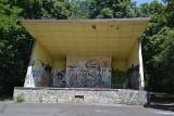 Z Parku Zamkowego w Mysłowicach zniknie muszla koncertowa. Zaniedbany obiekt był jednym z symboli parku. Mieszkańcy są podzieleni