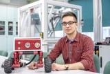Student mechatroniki na Politechnice Rzeszowskiej opracował prototyp robota inspekcyjnego dla straży pożarnej