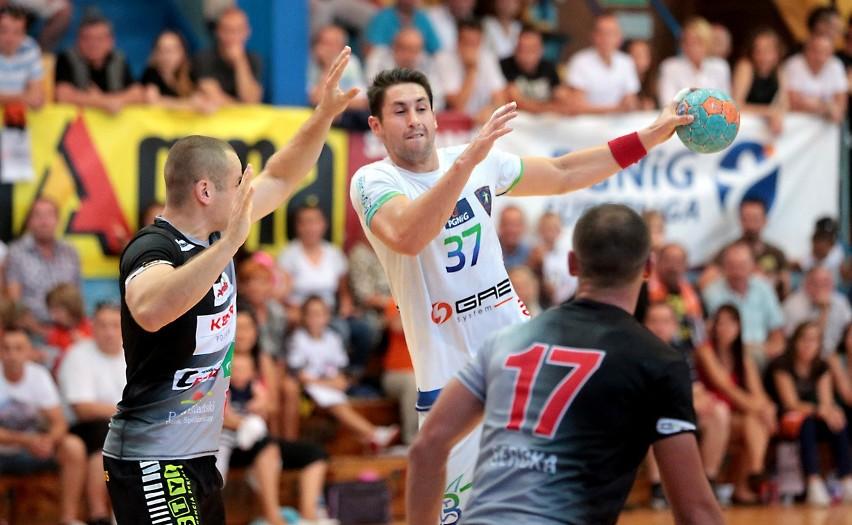 Mateusz Zaremba (z piłką) grał w Kielcach przez pięć lat. W...