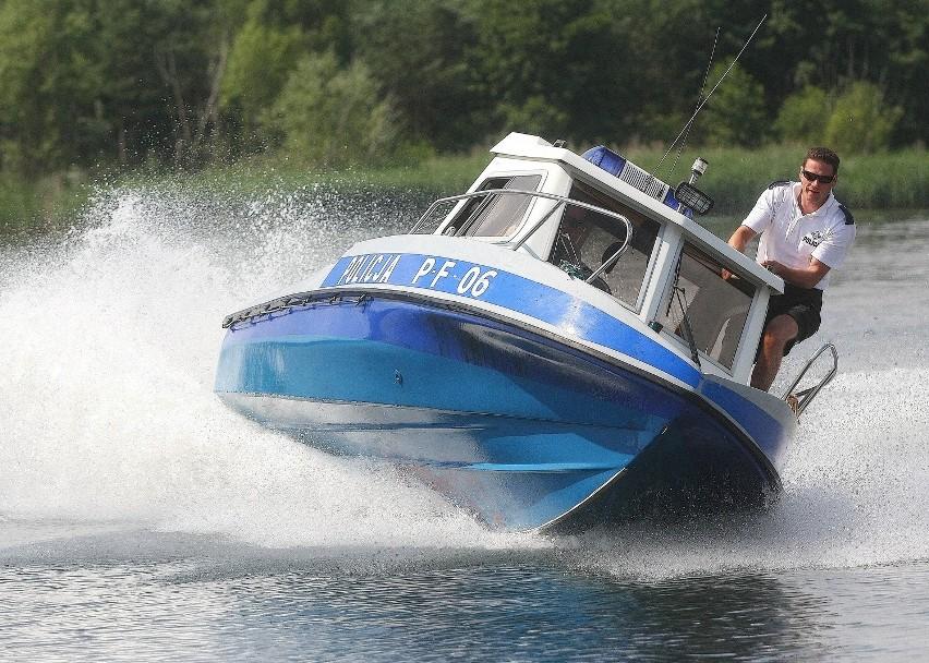 Po Zalewie Sulejowskim mogą już pływać nie tylko żaglówki, ale w wyznaczonych strefach też łodzie motorowe i skutery