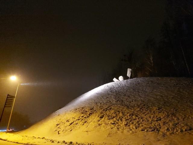 8 stycznia w strumyku w Kurzętniku w powiecie nowomiejskim przechodzień znalazł ciało 13-latki