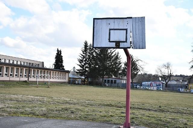 Boisko przy ZS nr 2 w Miechowie będzie przebudowane