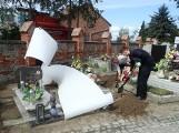 Ekshumowano szczątki żołnierzy niemieckich w Dąbrówce Królewskiej [zdjęcia]
