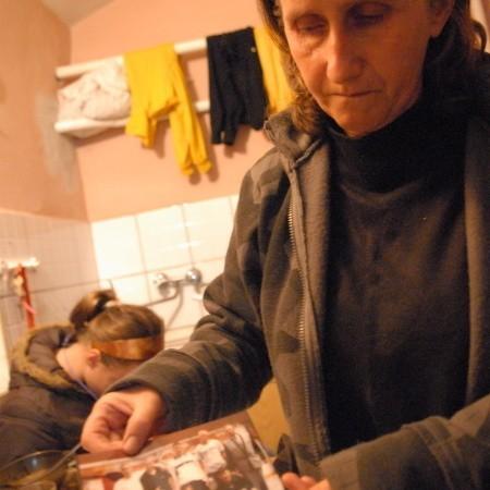 - Teraz zostało mi już tylko zdjęcie po Mariuszku, był takim dobrym chłopakiem - mówi Ewa Burzyńska.