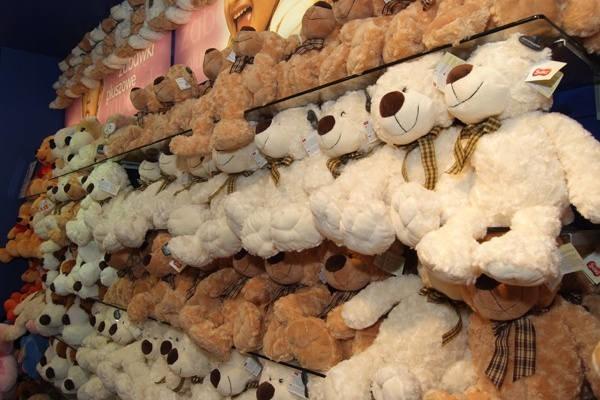 Na koniec coś ekstra. Możesz kupić dziecku cały sklep z zabawkami.Sprzedam gotowy do działalności sklep z zabawkami na platformie Sylius. Sklep jest zintegrowany z W-firmą. W cenie bavio.pl zarejestrowana w 2015 roku. Czysta historia, opłacona do 24 stycznia 2019 r.Pełna oferta zabawek na serwisie gratka.pl