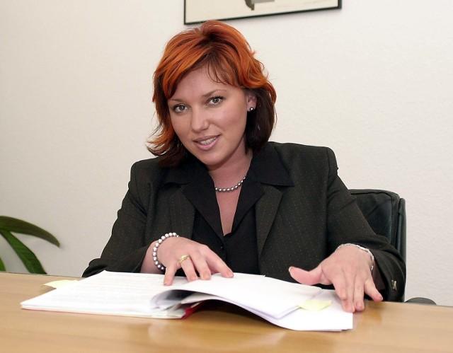 Po raz pierwszy zdarzyła nam się taka historia - mówi Agnieszka Marciniak, dyrektor Biura Obsługi Interesanta. - Mieliśmy próby wyniesienia dokumentów, nawet całych akt, ale nigdy nikt nie chciał ich zniszczyć. I to w taki sposób.