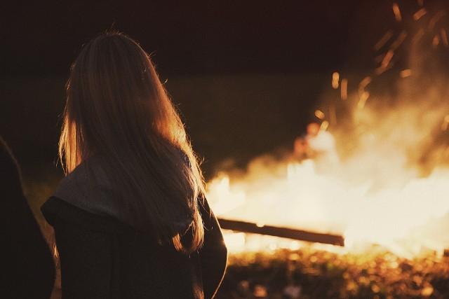 W Zwierzyńcu i w Batorzu policja wkroczyła na biesiadę przy ognisku