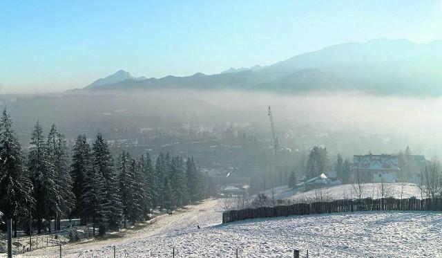 W zimie przy bezwietrznej pogodzie skażenie powietrza przekracza dopuszczalne normy nawet 10 razy