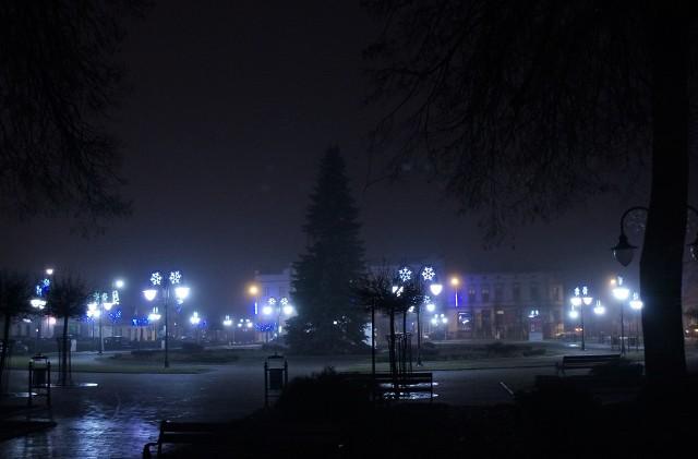 W Kruszwicy świąteczna iluminacja zdobi miejscowy Rynek, a także ulice prowadzące na osiedle Zagople
