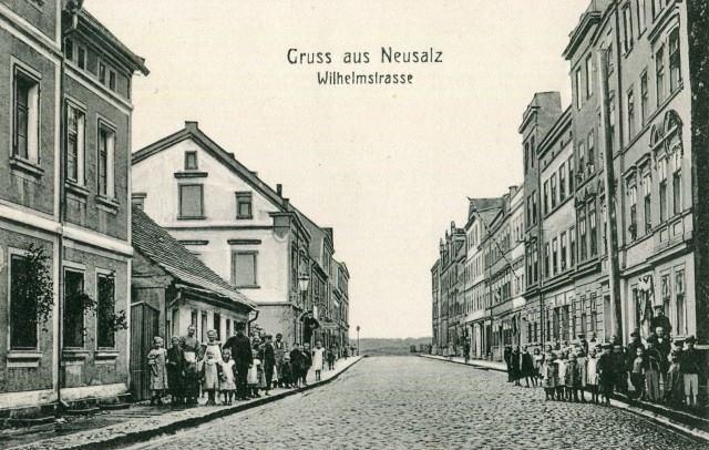 - Była to wówczas ulica o charakterze robotniczym, klasycznie zabudowana – opowiada o dawnej Wilhelmstrasse dr Tomasz Andrzejewski.