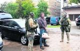 Handel bronią: Surówa i Bazyl w rękach policji! Będą kolejne zatrzymania?