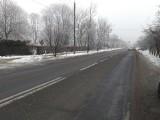 Zima w Koluszkach. Na drogi po raz pierwszy wyjechały piaskarki