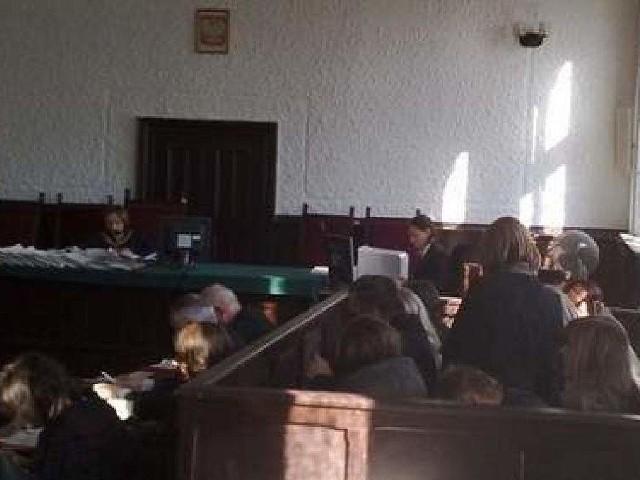 Lekarze z Grudziądza, którzy testowali szczepionki bez wiedzy pacjentów dostali kary więzienia w zawieszeniu i zakazy wykonywania zawodu
