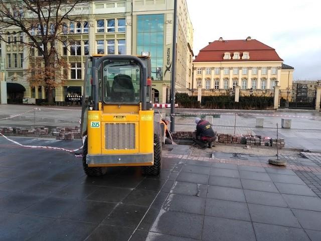 Trwają prace na placu Wolności