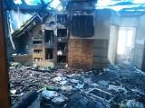 Siedmioosobowa rodzina z Poręby Wielkiej w drugi dzień świąt wielkanocnych w pożarze straciła nie tylko dom. Ruszyła zrzutka na odbudowę