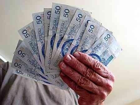 I starsi, i młodsi, więksi i mniejsi dłużnicy - przyczynili się w skali kraju do powstania góry 7,2 mld zaległych płatności.