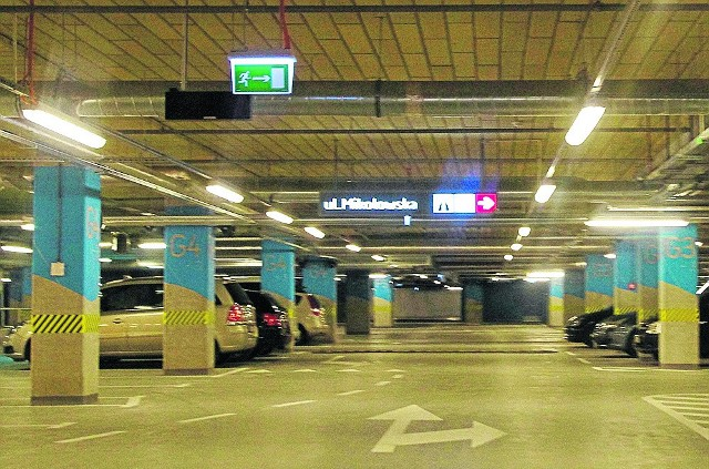 1200 miejsc jest na parkingu w GK w Katowicach. Postój w weekendy jest tu bezpłatny