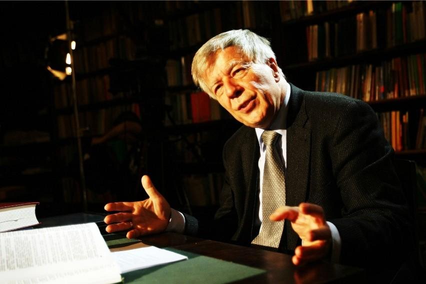 Profesor Jan Miodek zostanie honorowym obywatelem Wrocławia